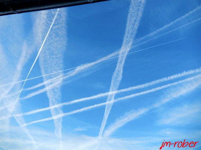 La croisée d'un trafic dans le ciel limousin