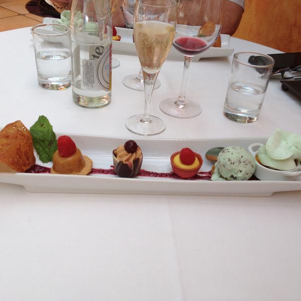 Le Relais des Gourmets & Avallon