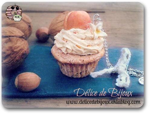 Sautoir Cupcake Abricot