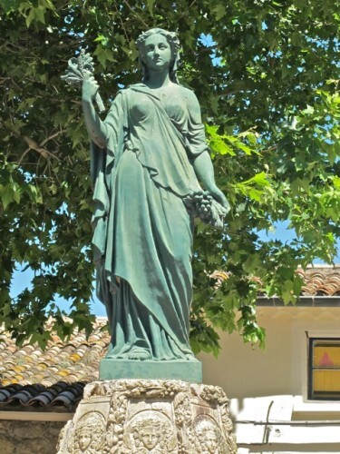 statue femme allégorie Céres