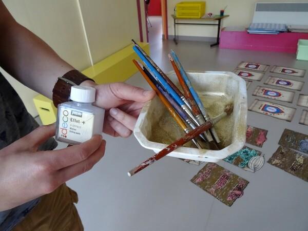 Une initiation à l'art des enluminures à l'école maternelle Cailletet !