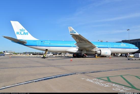 PH.AKB  333 KLM