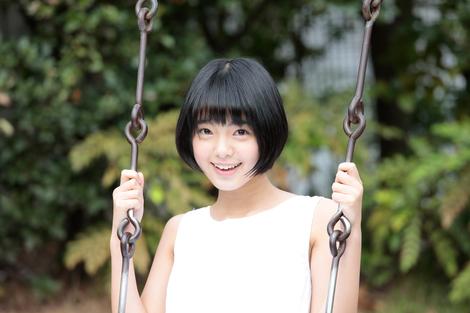 Models Collection : ( [HUSTLE PRESS] - |2015.12.08| Gravure / Yurina Hirate/平手友梨奈 : 篠山紀信 「laugh&smile」 ( No.02 ) )