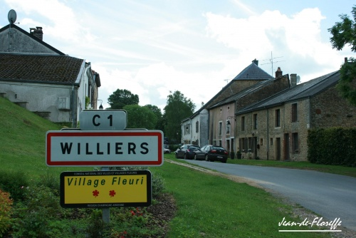 21. Chameleux et Williers