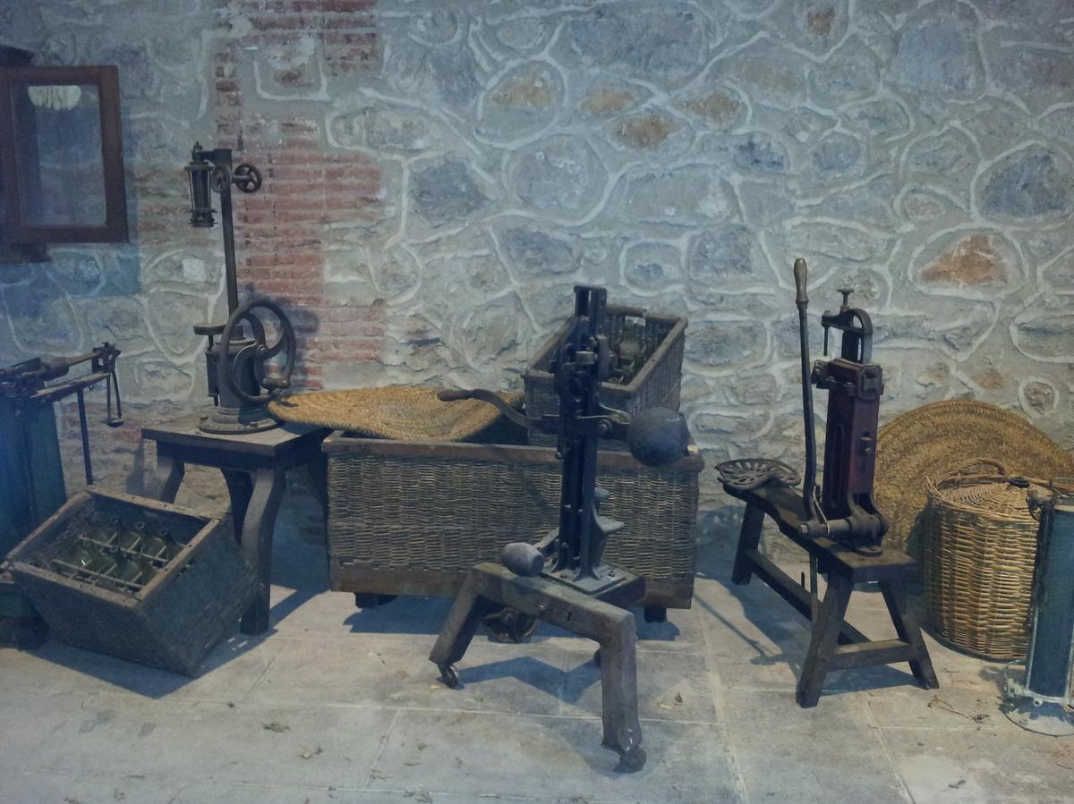 des vieux outils