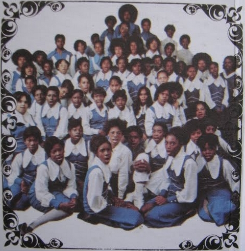 """Pastor T.L. Barrett & The Youth For Christ Choir : Album """" Like A Ship [ Without A Sail ] """" Mt. Zion Records MZGP 8126 [ US ]"""