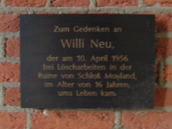 Willi Neu plaque