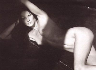 Carla Bruni - Sarkozy nue et sexy, l'intégrale