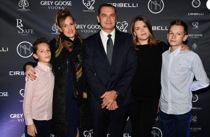 Camille, son père et ses demi-frères