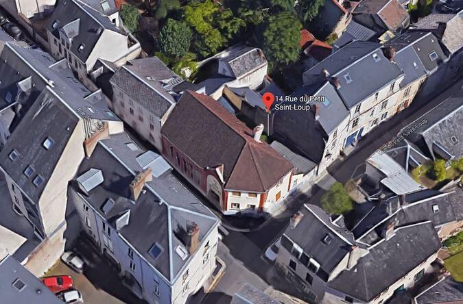 Orléans - 14 Rue du Petit Saint-Loup (GoogleMaps 3D)