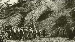 the-execution-of-mata-hari-in-1917.jpg