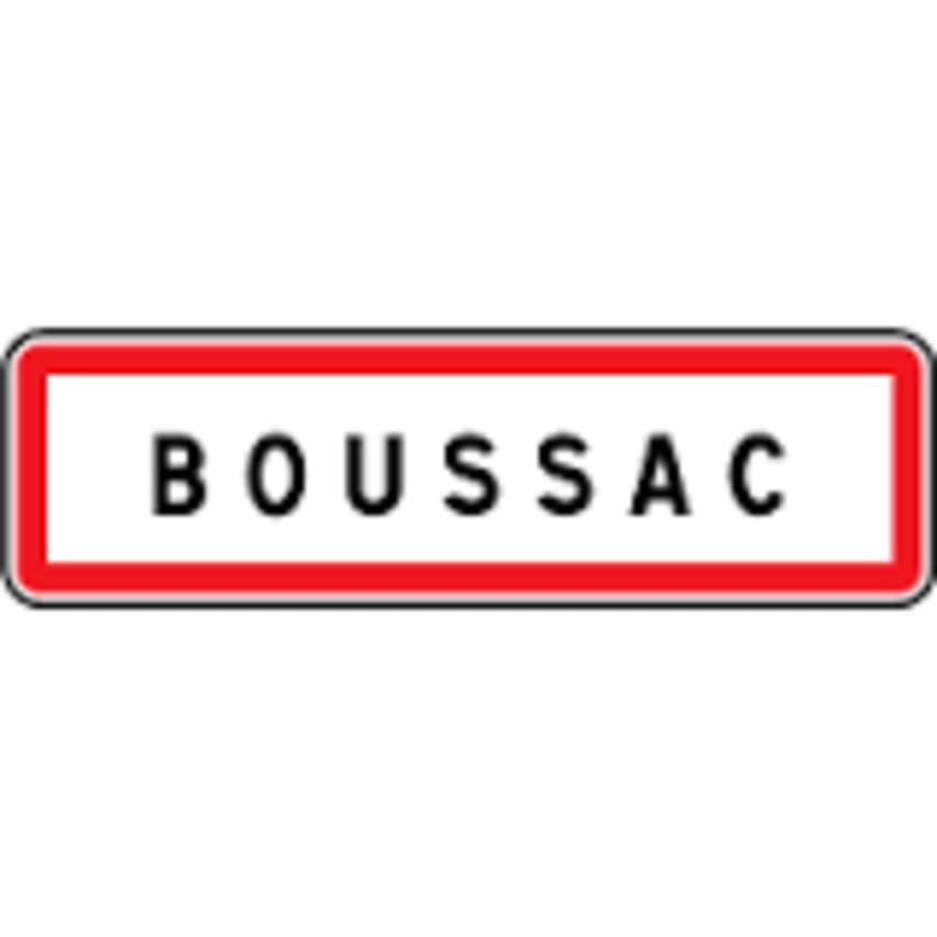 EGLISE FORTIFIEE DE  BOUSSAC  12     1/2      15/11/2015