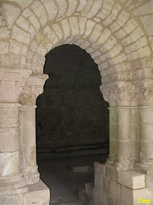 Pays-de-Loire, Vendee, Nieul-sur-l'Autise_85240