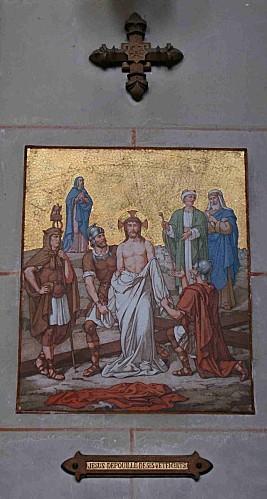 Ch0010 Jésus dépouillé de ses vêtements
