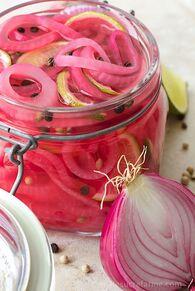 """Résultat de recherche d'images pour """"pickles oignon rouge"""""""