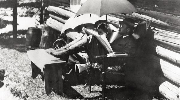 Charles Ives,sa femme, harmony au Elk-Lake dans l'Adirondacks, 1909
