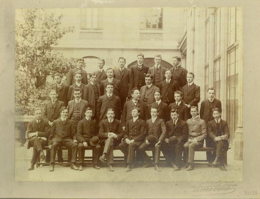 Etudiants de la Faculté de Droit de Paris (photographie P. Petit, v. 1880).