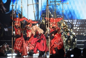 Madonna - Rebel Heart Tour - 2015 10 01 - Detroit, MI, USA (39)