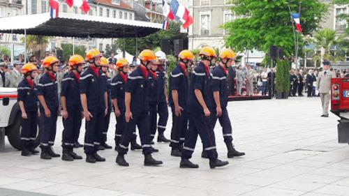 Parade militaire à Pau