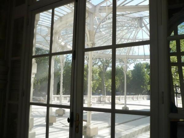 Palais-des-Congres---verriere-4.jpg