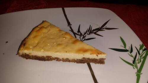 Cheesecake au citron sur un base de speculos.