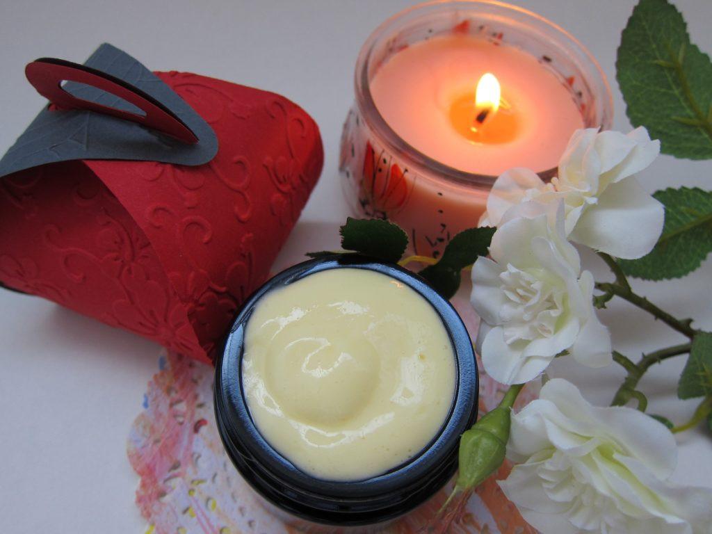 Les 5 principales raisons pour lesquelles les femmes choisissent des produits de beauté naturels et biologiques!