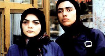 Le cercle - un film de Jafar Panahi (2000)