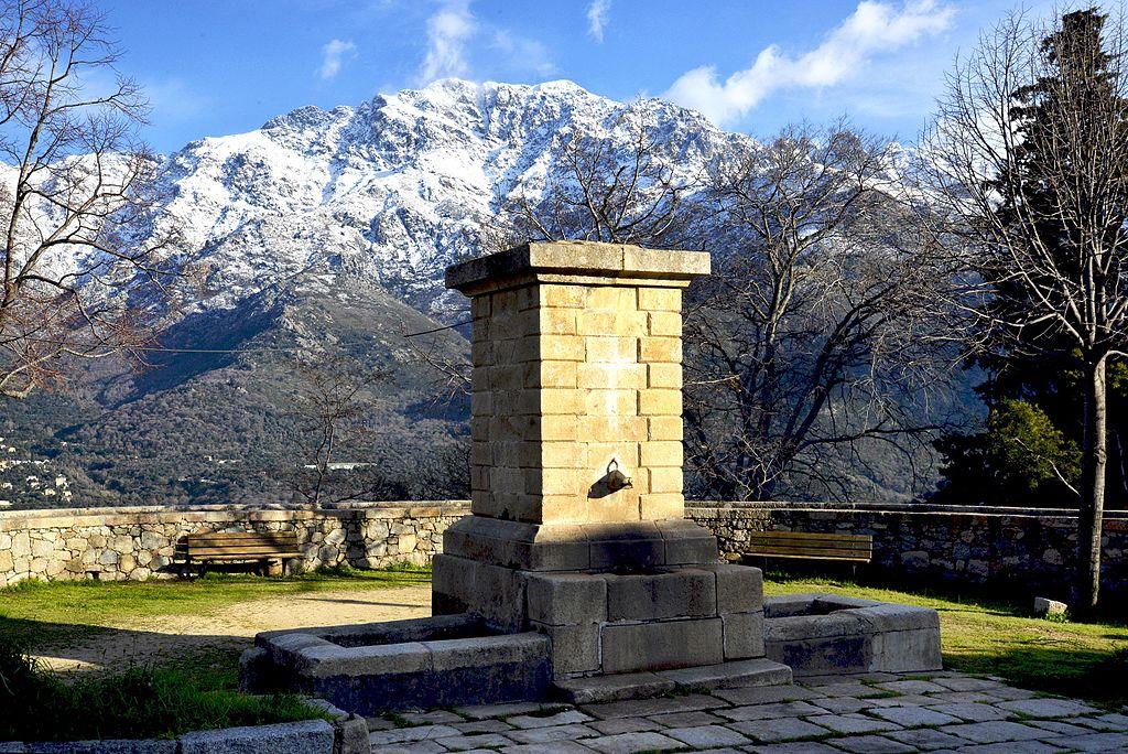 Montegrosso fontaine de Montemaggiore.jpg
