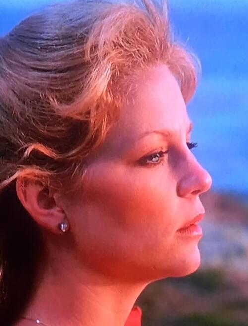 """Lisa Hartman dans ''L'île fansatique""""."""
