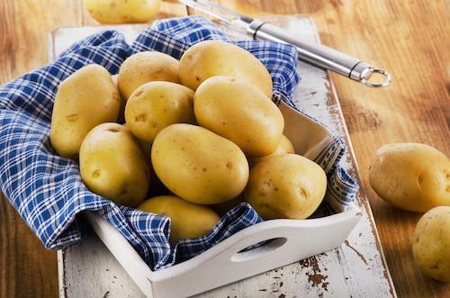 Astuces de grands-mères avec les pommes de terre