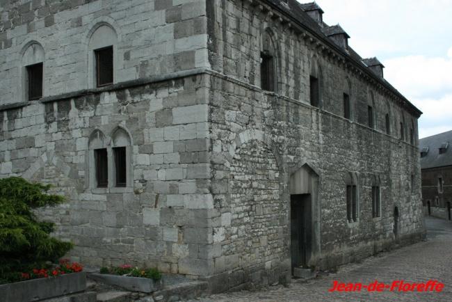 9. Les fantômes de l'abbaye