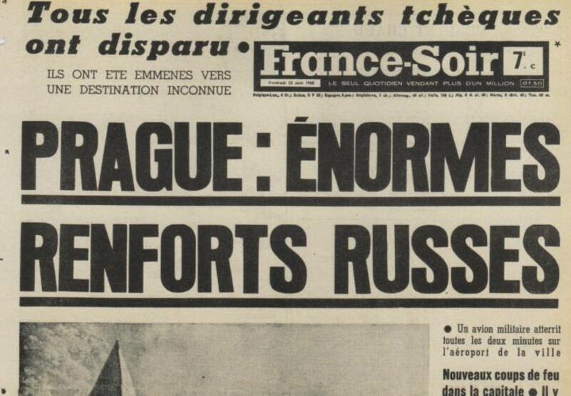 """Résultat de recherche d'images pour """"char russe dans prague printemps de prague"""""""