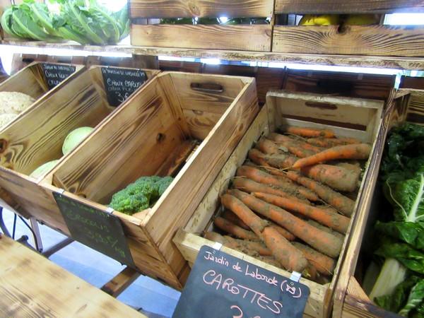 """""""Les trésors de notre terroir"""" une nouvelle boutique où l'on peut trouver un très grand choix d'excellents produits alimentaires de notre région....mais aussi d'ailleurs."""