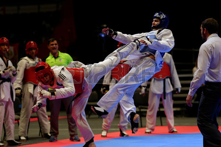 Premiers cours de taekwondo