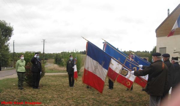 Une cérémonie en l'honneur des Harkis  a eu lieu à Vanvey
