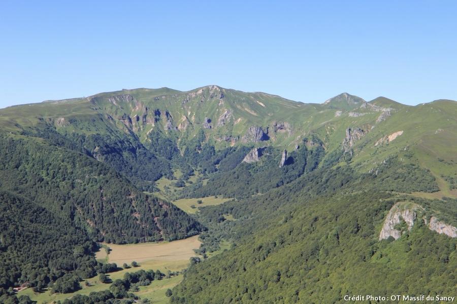 la vallée de Chaudefour en été