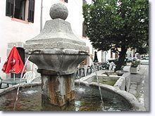 Le Fugeret, fontaine