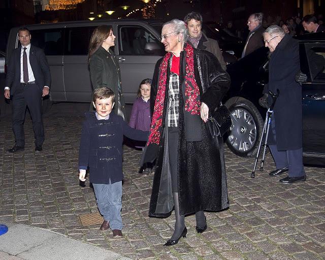 Famille royale danoise à la messe