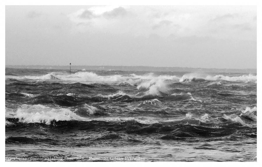 Flots déchainés de la Pointe St Gildas