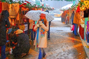 ny_columbus_circle_holiday_market_in_the_snow_14_164
