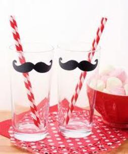 Les moustaches !