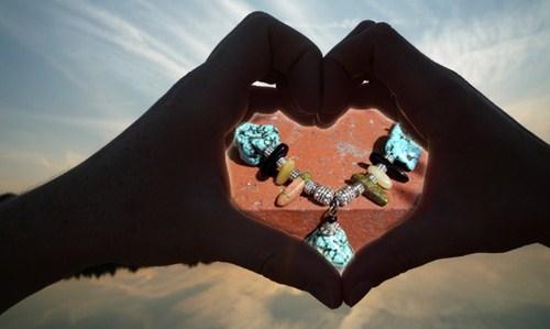 Collier réalisé par Sylvie Le Brigant en pierre de Turquoise et génuines rapportées des Etats Unis lors de mon voyage dans le Colorado
