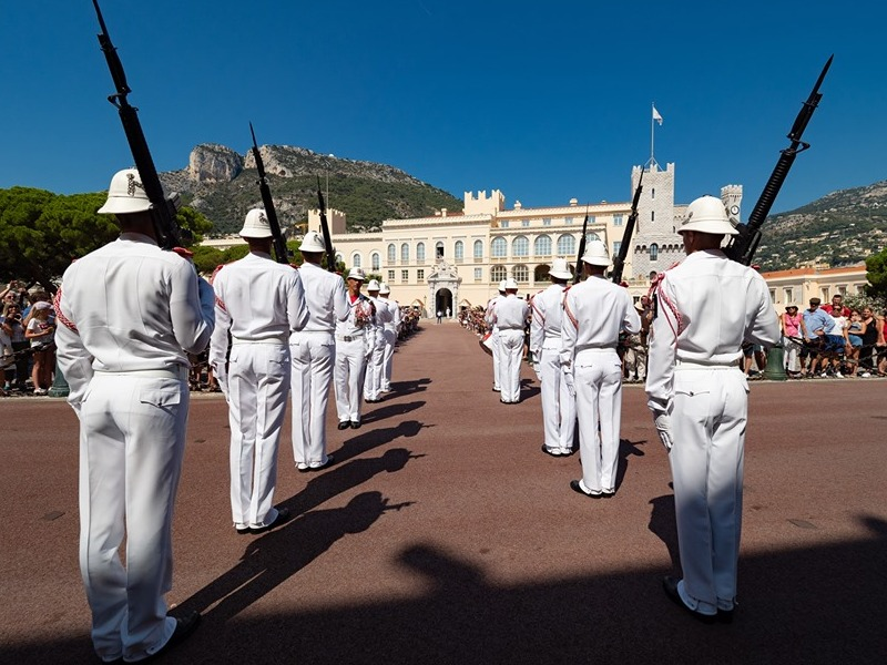 Relève de la garde du Corps des Carabiniers