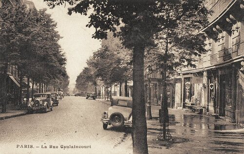 A Paris en voiture, cartes postales