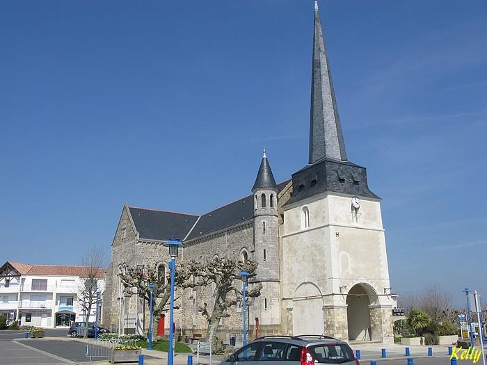 Pays-de-Loire Vendee eglise-ND-de-Monts 003