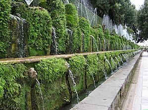 One.hundred.fountain.at.villa.d'este.arp