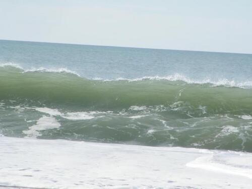 Lacanau ; sa plage, ses vagues.... ses surfeurs