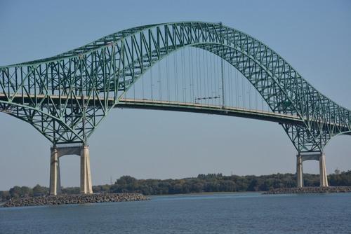 Pont sur le Saint Laurent à Trois Rivières
