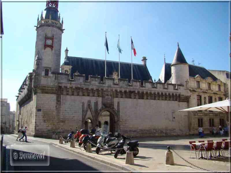 La Rochelle l'Hôtel de Ville Renaissance et gothique classé MH