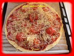 pizza jambons/chorizo